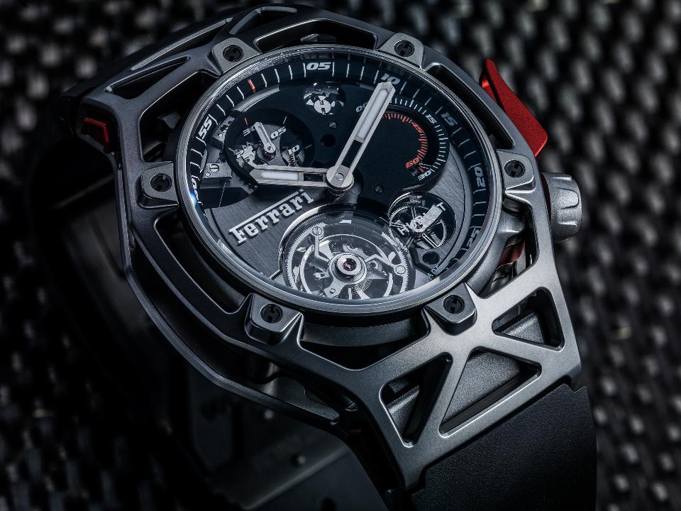 l_techframe-ferrari-tourbillon-chronograph-titanium-3